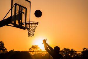 Come si gioca a basket: foto